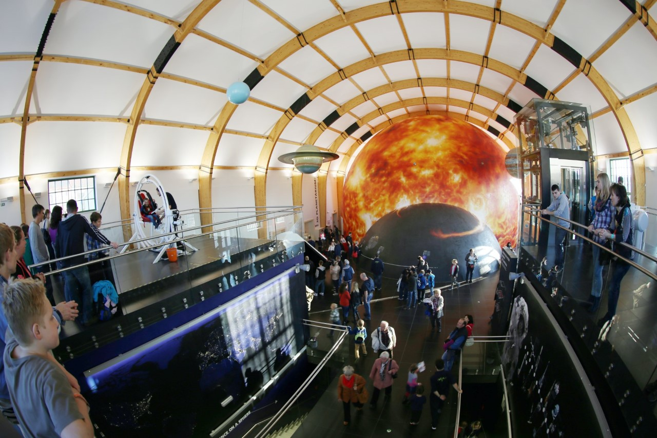 techmania_science-center_3d-planetarium_expozice-vesmir_01.JPG